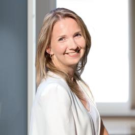 Julia Rikhof